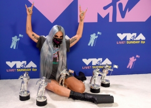 Lady Gaga e The Weeknd são grandes vencedores do VMA 2020